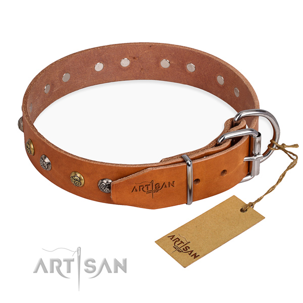 Gentle to touch natural genuine leather dog collar made for handy use