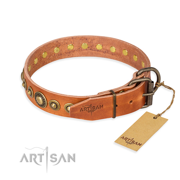Top notch natural genuine leather dog collar made for handy use