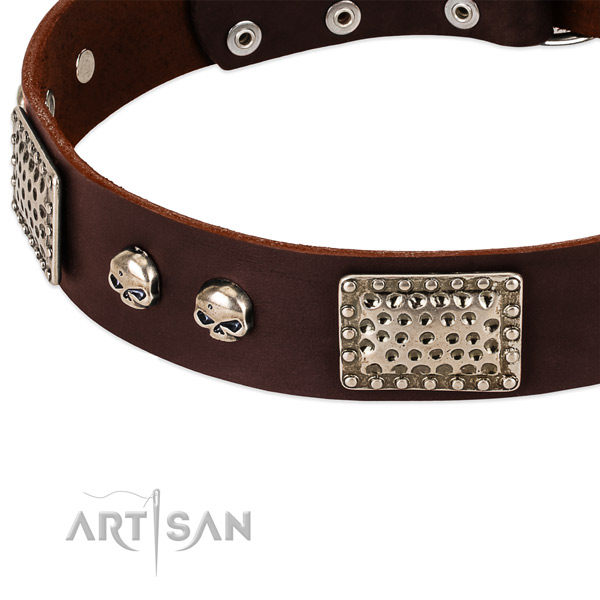 Rust-proof D-ring on full grain natural leather dog collar for your doggie