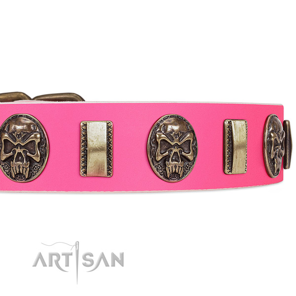 Reliable traditional buckle on full grain genuine leather dog collar for your doggie